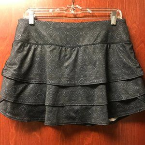 Athleta layered patterned swagger skort Size Med